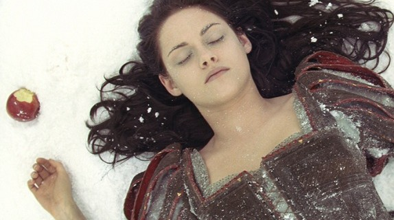 Snow White and the Huntsman1