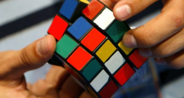 solve a rubicks cube